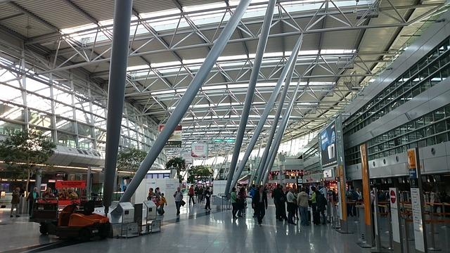 Notmaßnahmen am Flughafen in Düsseldorf zeigen Wirkung